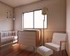 quarto de bebe com tons claros e madeira condominio brisas da mata